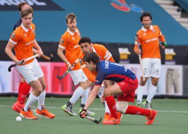 Bloemendaal wint in de shoot-outs van Royal Leopold in de EHL.