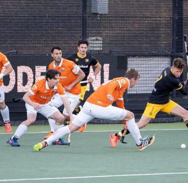 schot op de goal van Maurits Visser.