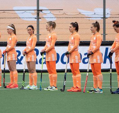 De Nederlands Oranje dames wonnen vandaag met ruime cijfers van Ierland.
