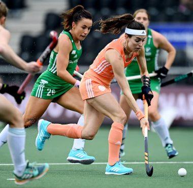Eva de Goede in actie op het EK Hockey 2021