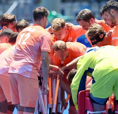 Warm-up van het Nederlands elftal tegen België.